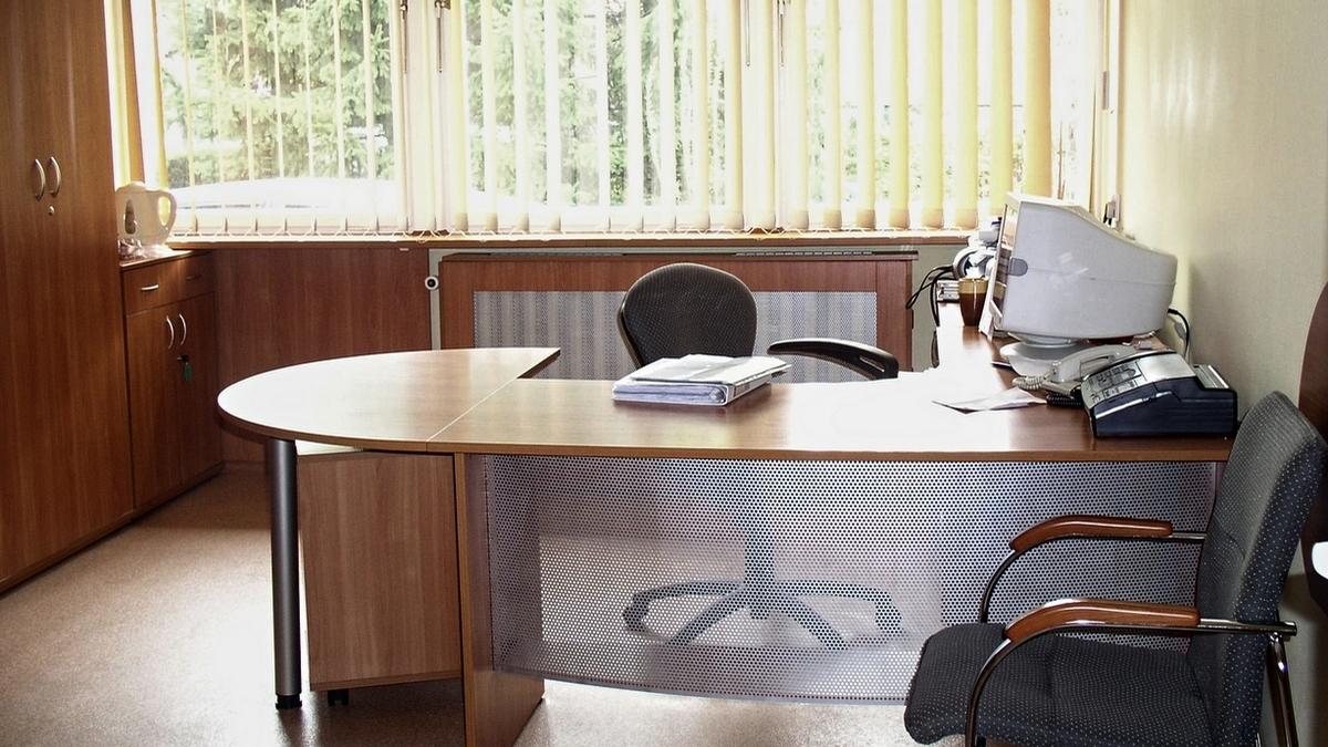 Kolejne biuro Politechniki Wrocławskiej dla którego dostarczyliśmy komplet mebli biurowych