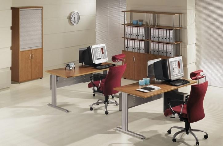 - To prawdziwy Hit na wrocławskim rynku mebli biurowych